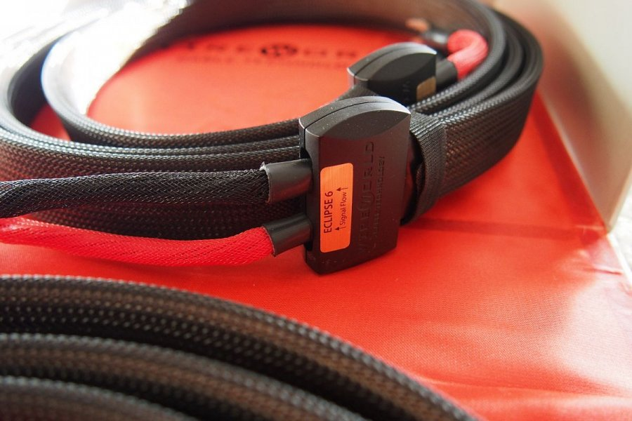 Wire World - Eclipse 6 speaker cable.jpg